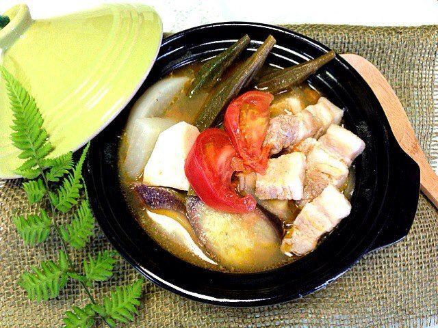 フィリピン料理シニガン
