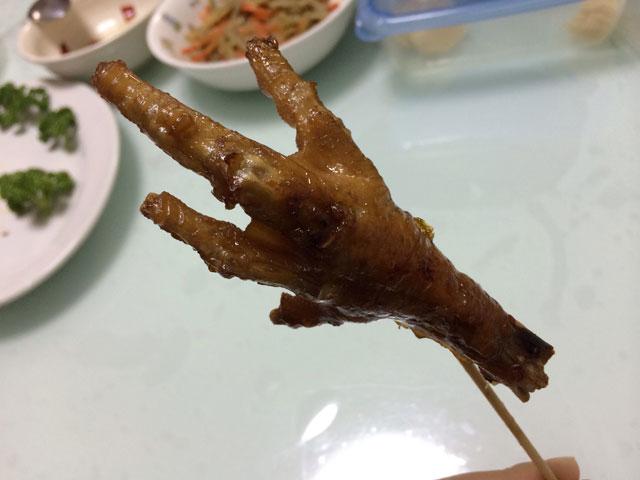 【鶏足のアドボのレシピ】作り方について醤油と酢の割り合いは?