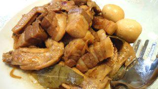 チキンと豚肉のアドボ